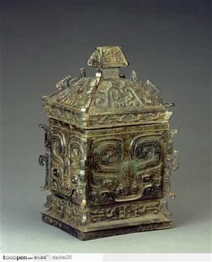 国宝文物青铜器罍图片