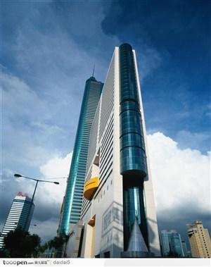 深圳建筑-高耸的大厦