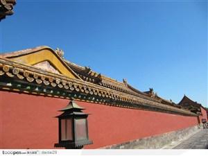 紫禁城印象-高的的红色城墙