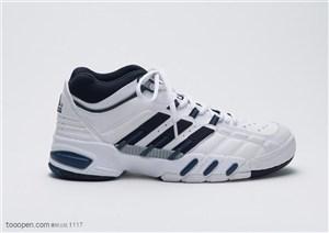 球类运动-黑白相间运动鞋