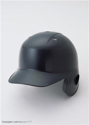 球类运动-黑色球帽特写